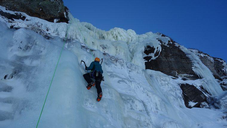 Curso escalada hielo